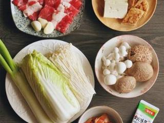 韩式菌菇肥牛暖锅,这个冬天就吃它!