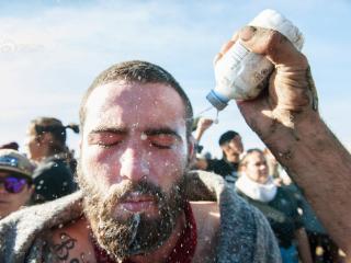 美示威者抗议建石油管道 被喷胡椒喷雾
