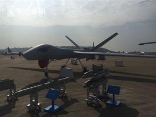 【文龙点机】杜文龙零距离接触翼龙II无人机 堪比