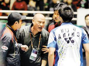 前国羽教练执教韩国,曾口出狂言,引得林丹要动手!